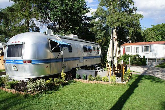 Camping Praha Klánovice - US Airstream
