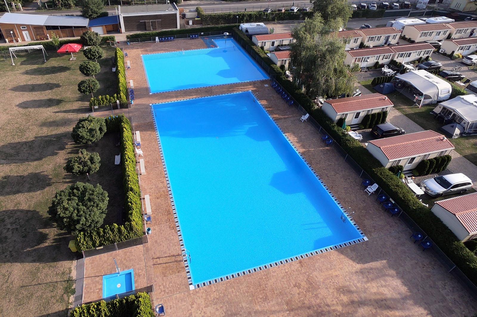 Camping Praha Klánovice - Plavecké bazény