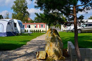 Camping Praha Klánovice - místa pro karavany a stany
