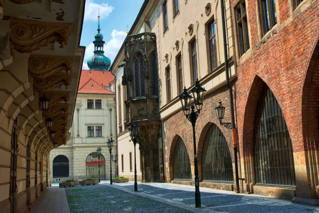 Camping Praha Klánovice - Prague Charles University